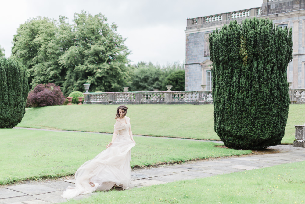 Romantic Gloster house wedding | In Love Photography